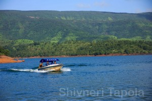 tapola speed boat